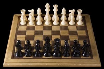 http://www.artline.ro/files/gItems/image/5/Opening_chess_position_from_black_side.jpg