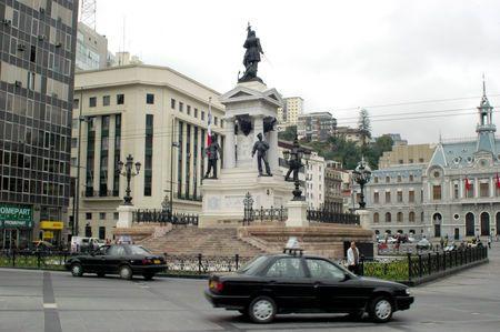 monument valparaiso
