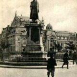 Iasi - Statuia lui Miron Costin