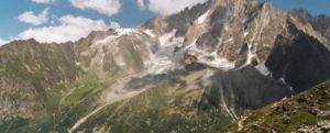 Incalzirea globala pericliteaza ghetarii din Alpi