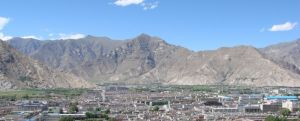 Lhasa orasul sacru al Tibetului