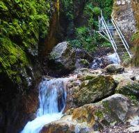 Canionul si Cascada Sapte Scari din Brasov