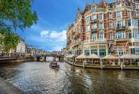 Amsterdam - orasul cu 850 000 de biciclete