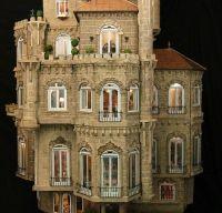 Castelul de Papusi Astolat, o capodopera in miniatura