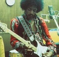 O chitara folosita de Jimi Hendrix s-a vandut cu peste 200 000 de dolari