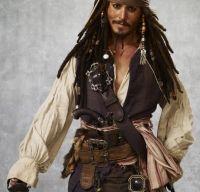 Johnny Depp – de la Jack Sparrow la un tatu intr-un hotel de lux