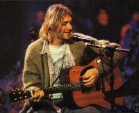 Chitara folosita de Kurt Cobain in celebrul concert MTV Unplugged s-a vandut pentru o suma record
