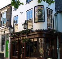 Cel mai mic pub din Marea Britanie