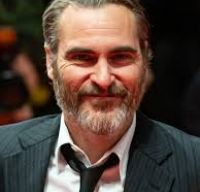Joaquin Phoenix il va juca pe Napoleon intr-un nou film istoric regizat de Ridley Scott