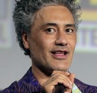 Taika Waititi va regiza viitorul film Star Wars